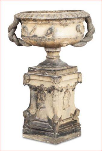 J & M Craig Kilmarnock urn