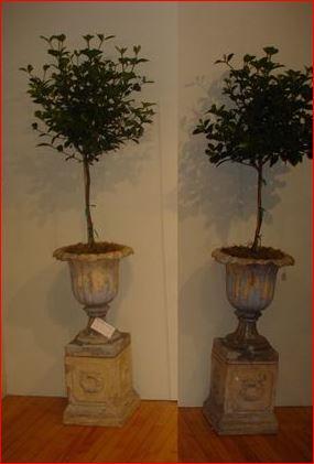 j and m craig kilmarnock urn pedestal