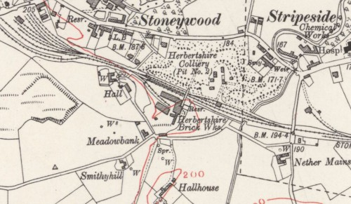 Below - OS Map 1913 - Herbertshire Brickworks, Denny