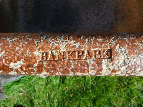 Bankpark trough
