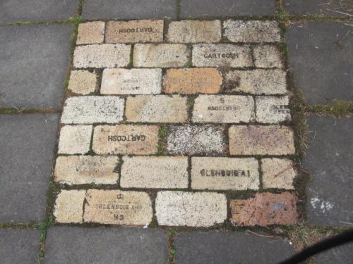 scottish-bricks-found-in-iceland