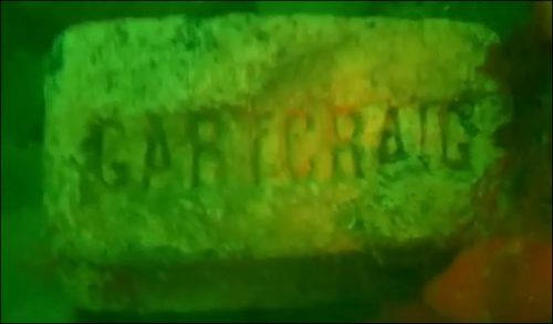 underwater-pic-of-a-gartcraig-brick